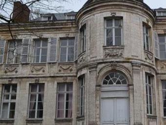 Hotel-Acary-de-la-Riviere