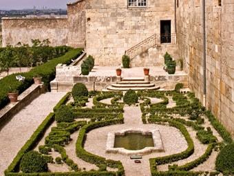 The-Bishops-Garden